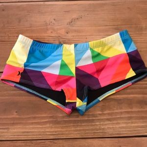 Hurley bathing suit bottoms. Size small